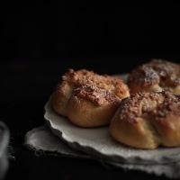 Pão de Deus, petits pains au lait à la noix de coco portugais
